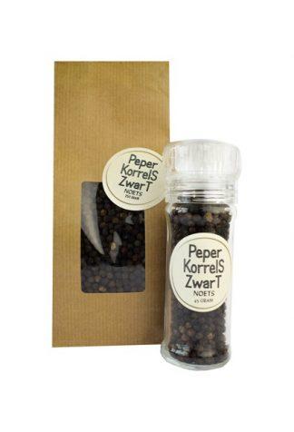 Zwarte peperkorrels navulverpakking van Noets.